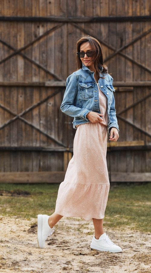 sukienka z wiskozy Maggie różowa