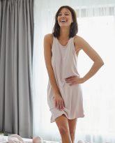 POWDER PINK NIGHT DRESS - ZDJĘCIE 4