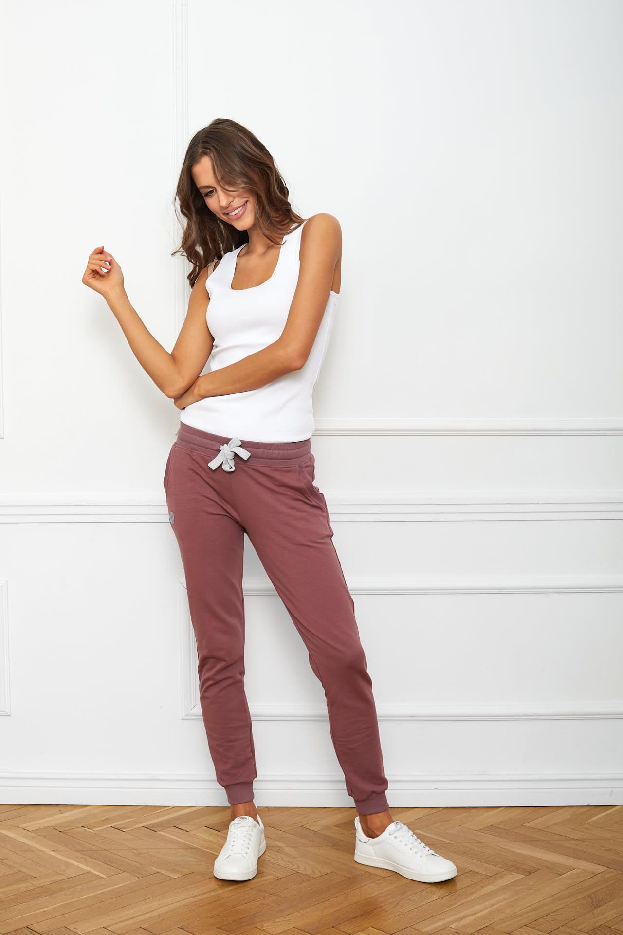 spodnie Joggers śliwkowe flawless