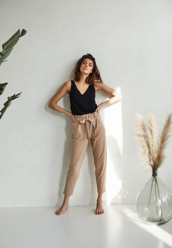 spodnie z wysokim stanem Nora kamelowe