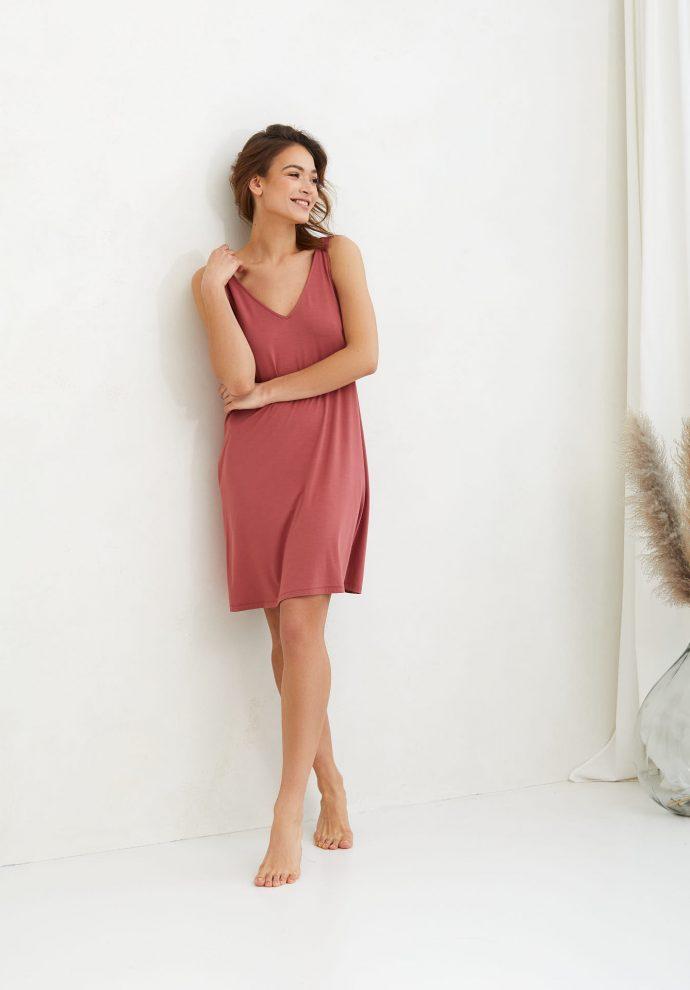 sukienka z wiskozy Lea koralowa- zdjęcie 4
