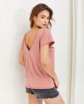 T-shirt różowy z dekoltem na plecach Molly