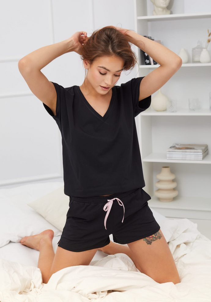 T-shirt do spania Wenus czarny- zdjecie 2