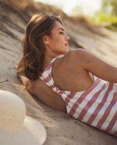 długa sukienka w pasy ecru różowe Livia- zdjęcie 5