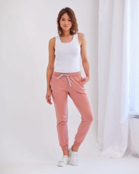 spodnie dresowe Joggers różowe