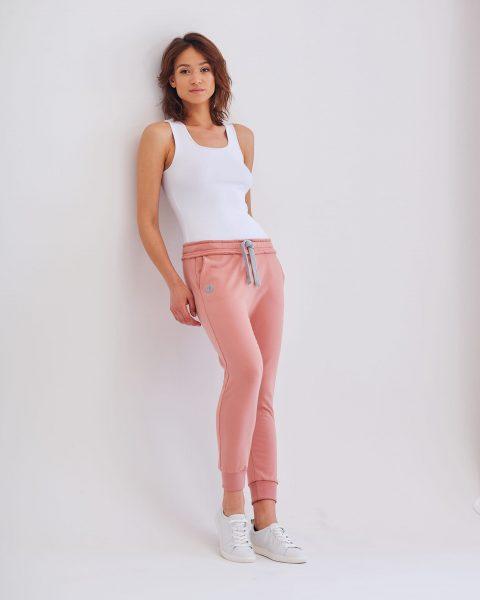 spodnie Baggy z lekko opuszczonym krokiem różowe