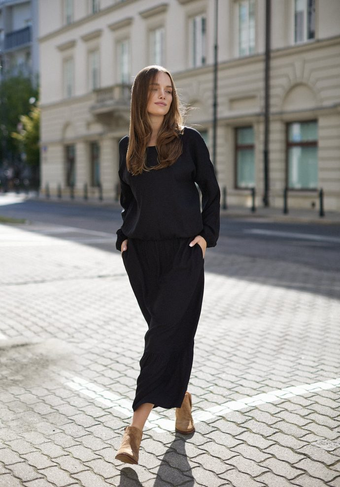 Sukienka z falbana Maggie czarna- zdjęcie 4