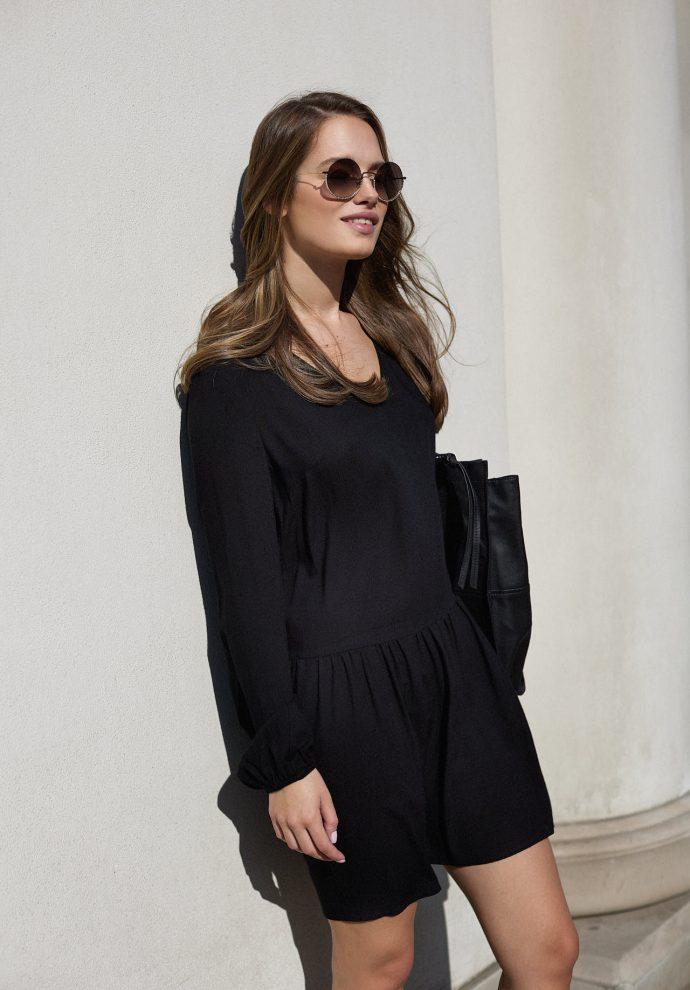 Sukienka z dekoltem w serek i falbana Claire czarna- zdjęcie 4