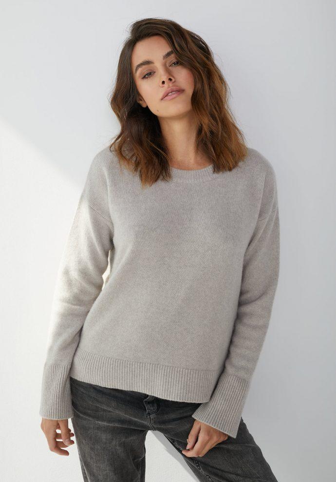 Sweter Sally z wełny merynosa i kaszmiru bezowy- zdjęcie 5