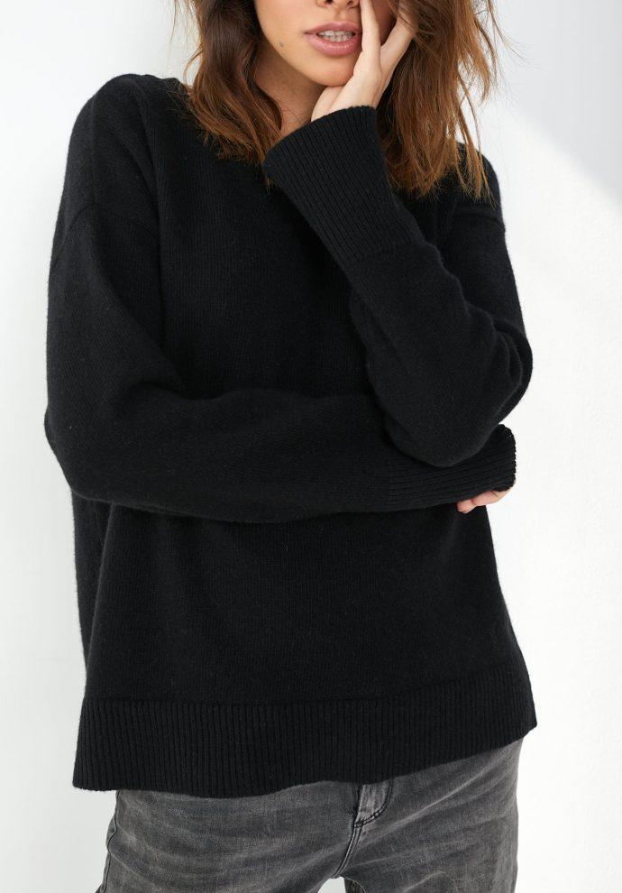 Sweter Sally z wełny merynosa i kaszmiru czarny- zdjęcie 5