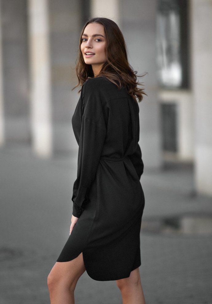 Sukienka na guziki Lisa czarna- zdjęcie 2