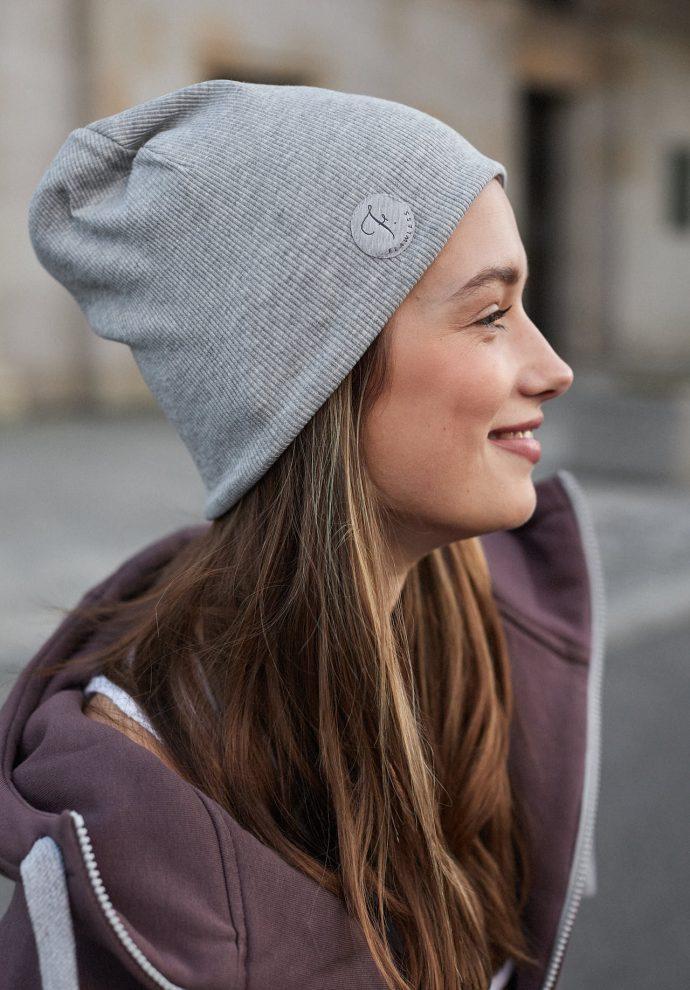 czapka dwustronna fiolet- jasno szary- zdjęcie 2